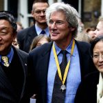 1280px-Richard_Gere,_Lodi_Gyari_and_Tsering_Jampa_in_2005